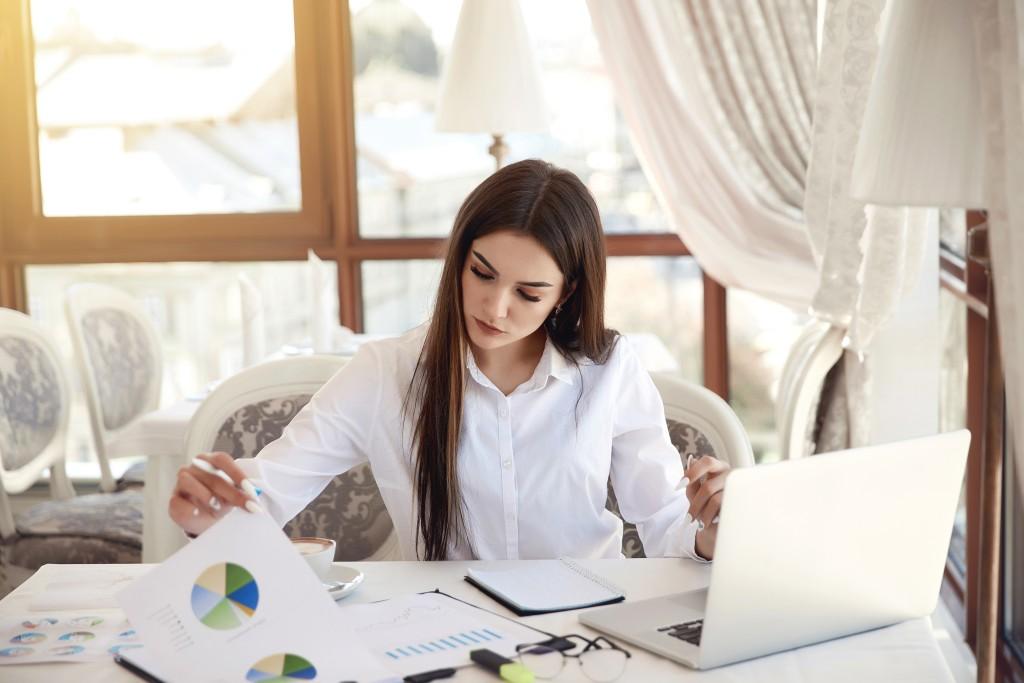 Objetivo profesional currículum controller financiero