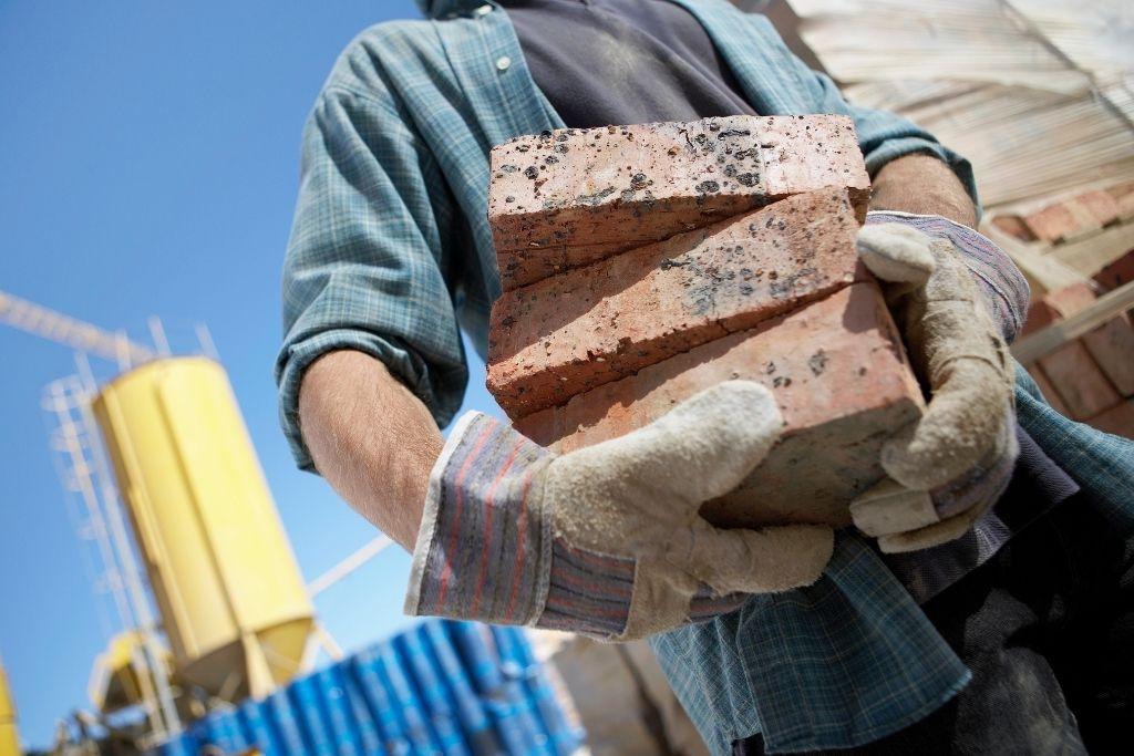 Plantilla de Currículum para Empleado de Construcción